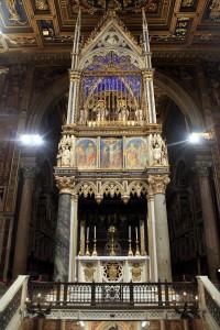 San_Giovanni_in_Laterano_-_Baldacchino