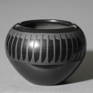 maria_povenka_martinez_small_bowlburnished_blackware_1950-1959_everson_museum_of_art_collection_gift_of_mr._and_mrs._francis_p._maloney_1978_photo_credit_john_polak_0_0