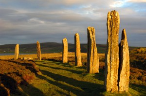 ring-of-brodgar-standing-stones-1300